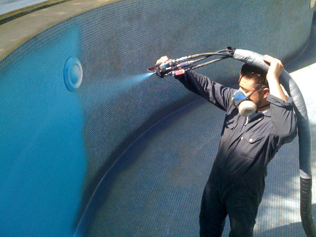 гидроизоляция бассейна полимочевиной